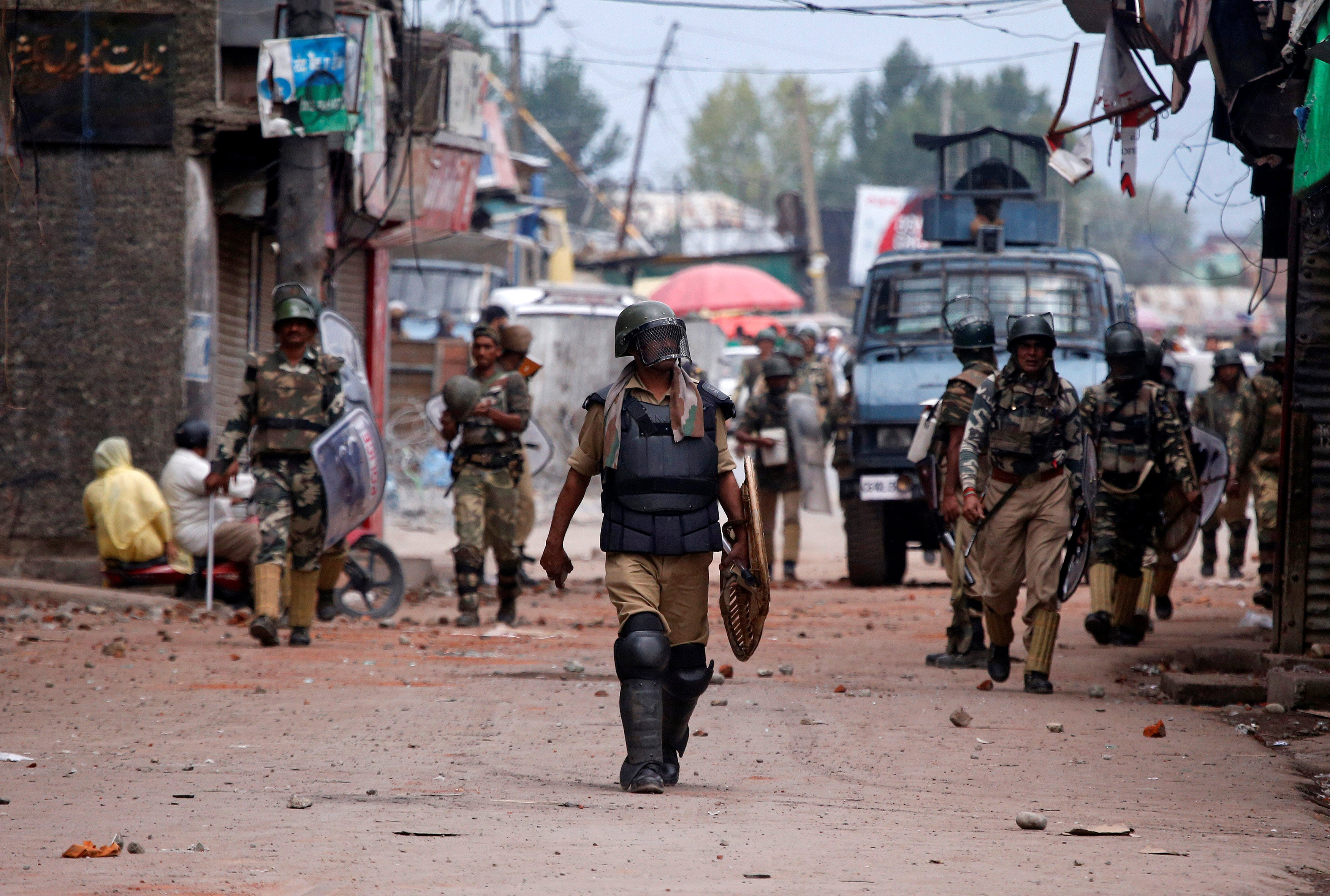 Youth killed in Jammu and Kashmir, toll rises to 71