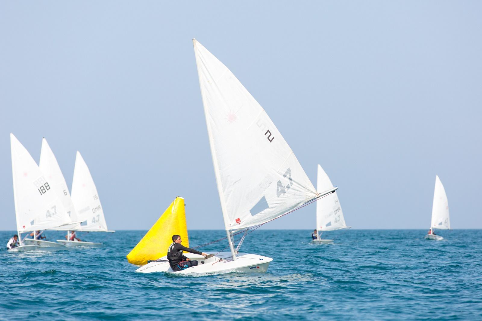 ختام سباقات المستوى في مدارس عمان للإبحار