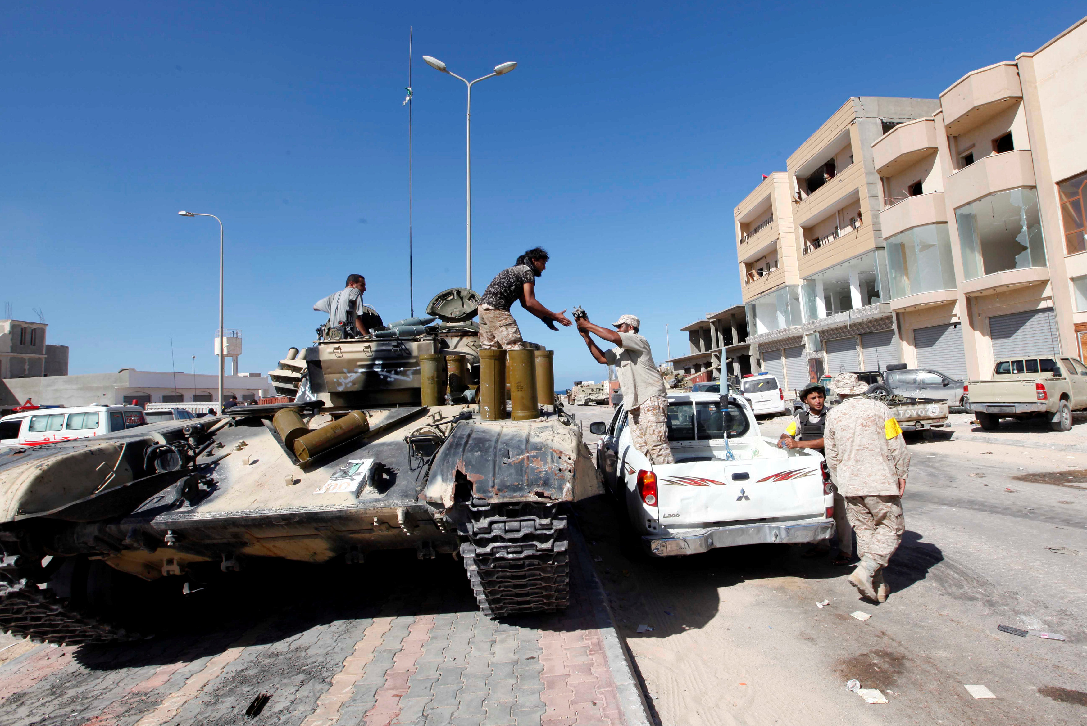 IS militants make a stand in Libyan city of Sirte