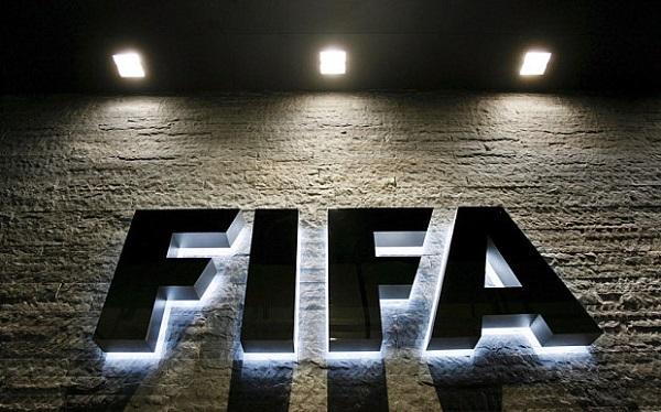 فيفا يغرم اسبانيا في ملف اللاعبين القاصرين