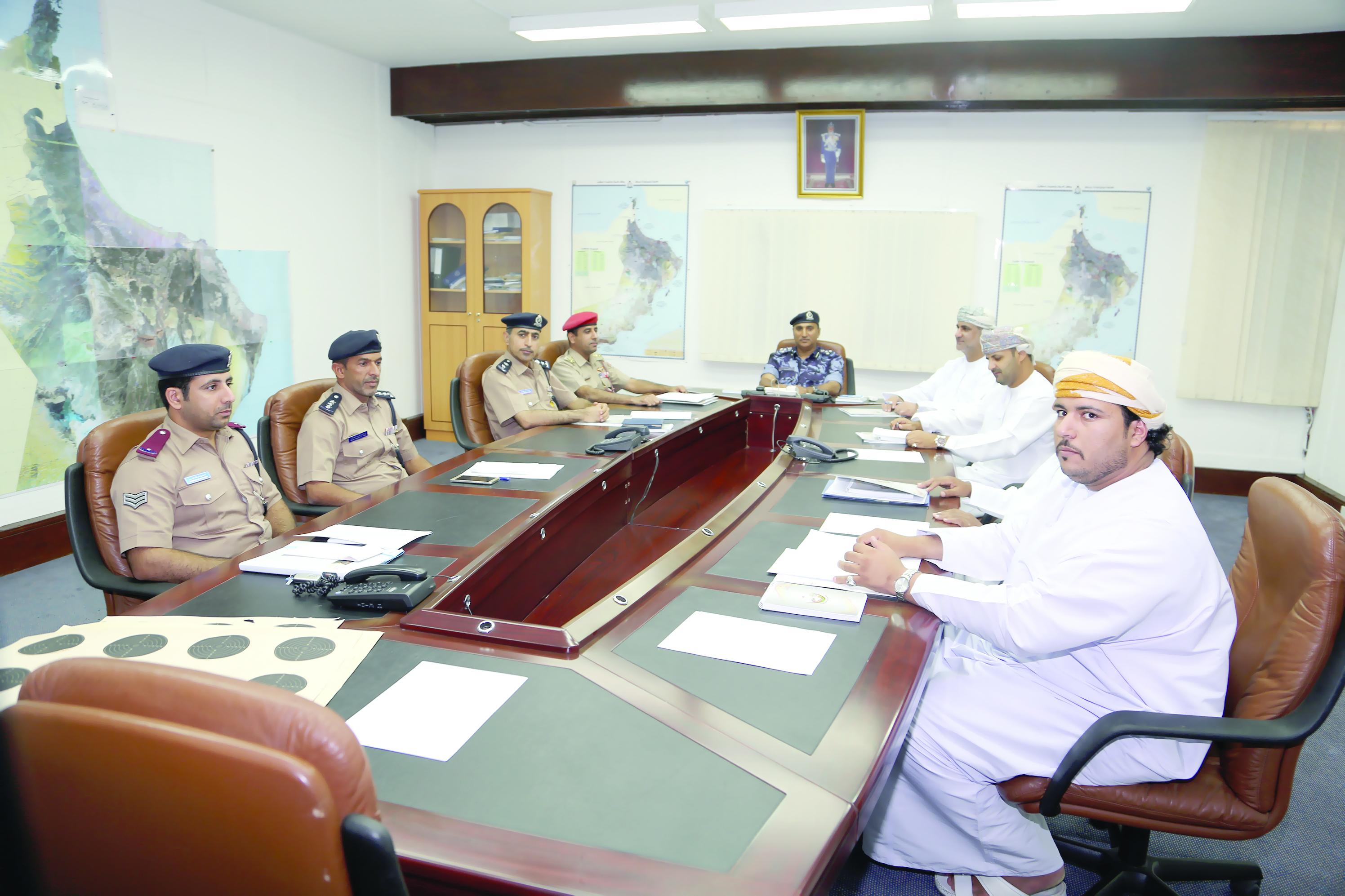 اللجنة العمانية للرماية بالأسلحة التقليدية تعقد أجتماعها الأول بحلتها الجديدة