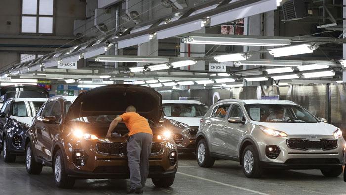 Hyundai profit drops 29% as strikes cut production