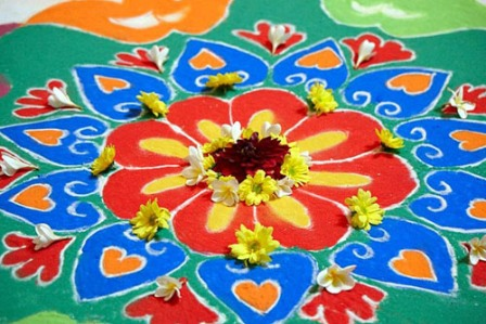 Diwali Special: Learn All About The Art of Rangoli in Oman