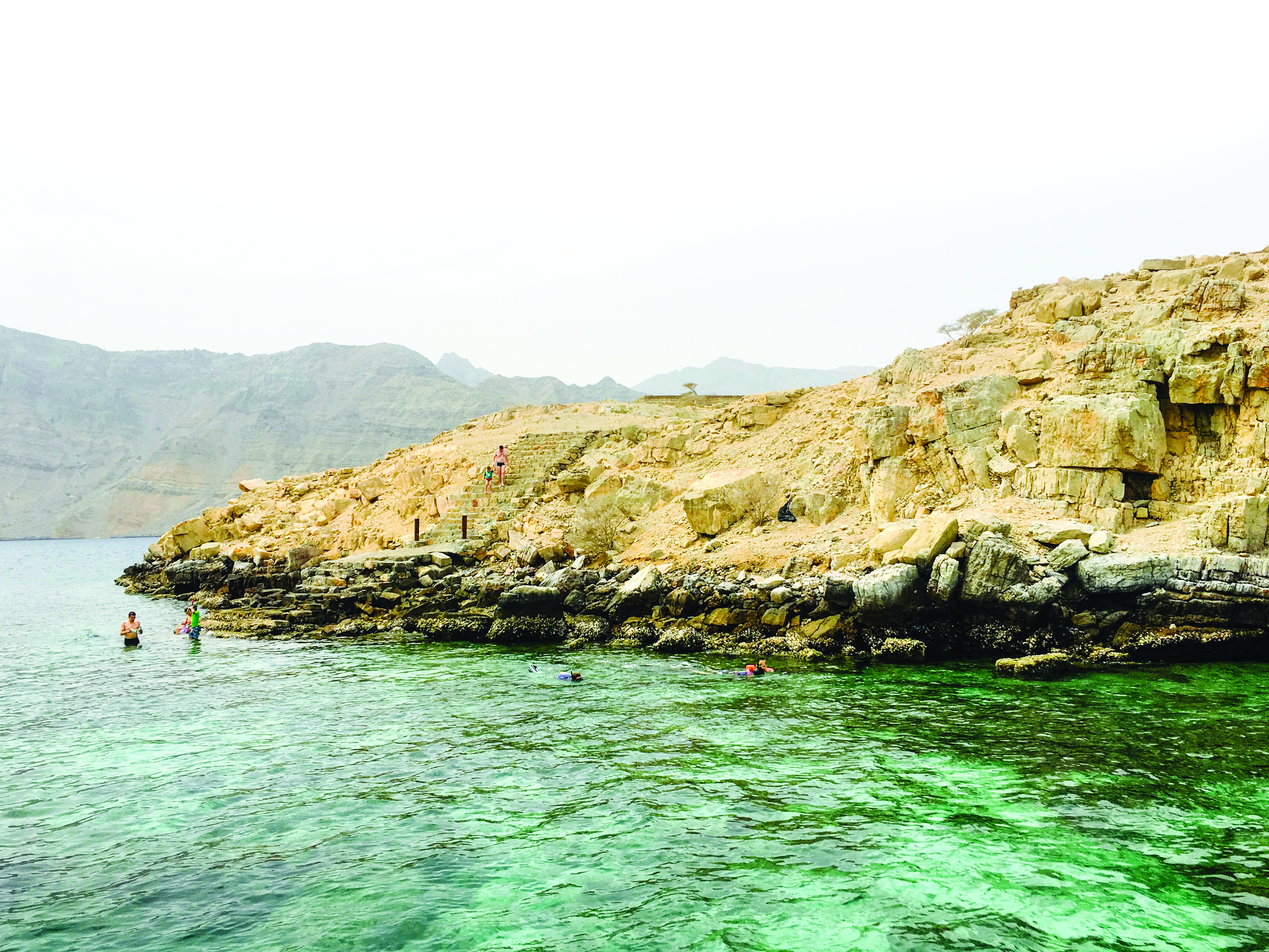 Oman Travel: A visit to the Telegraph Island