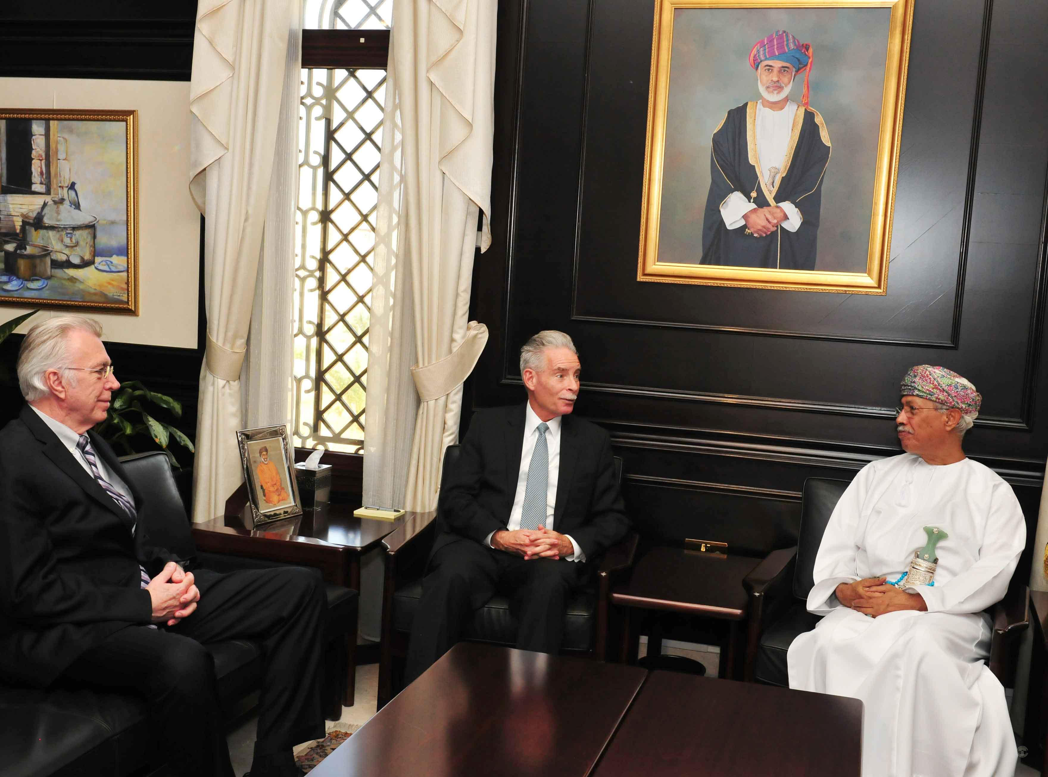 HM's Advisor for Cultural Affairs receives Middle East Policy Council board chairman