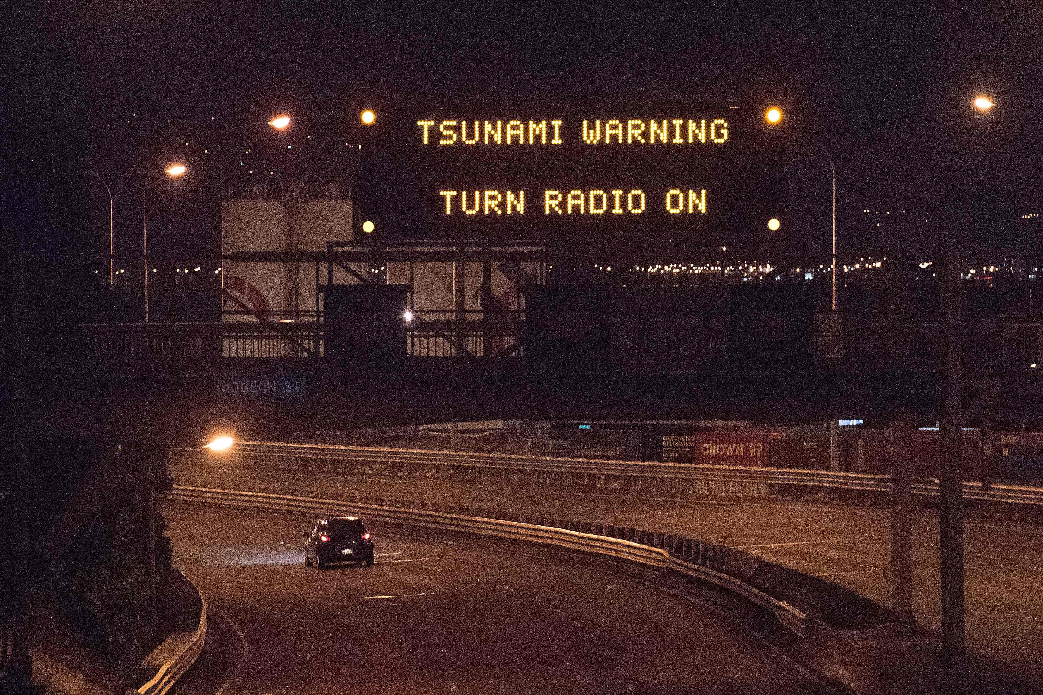 Tsunami hits New Zealand after strong earthquake