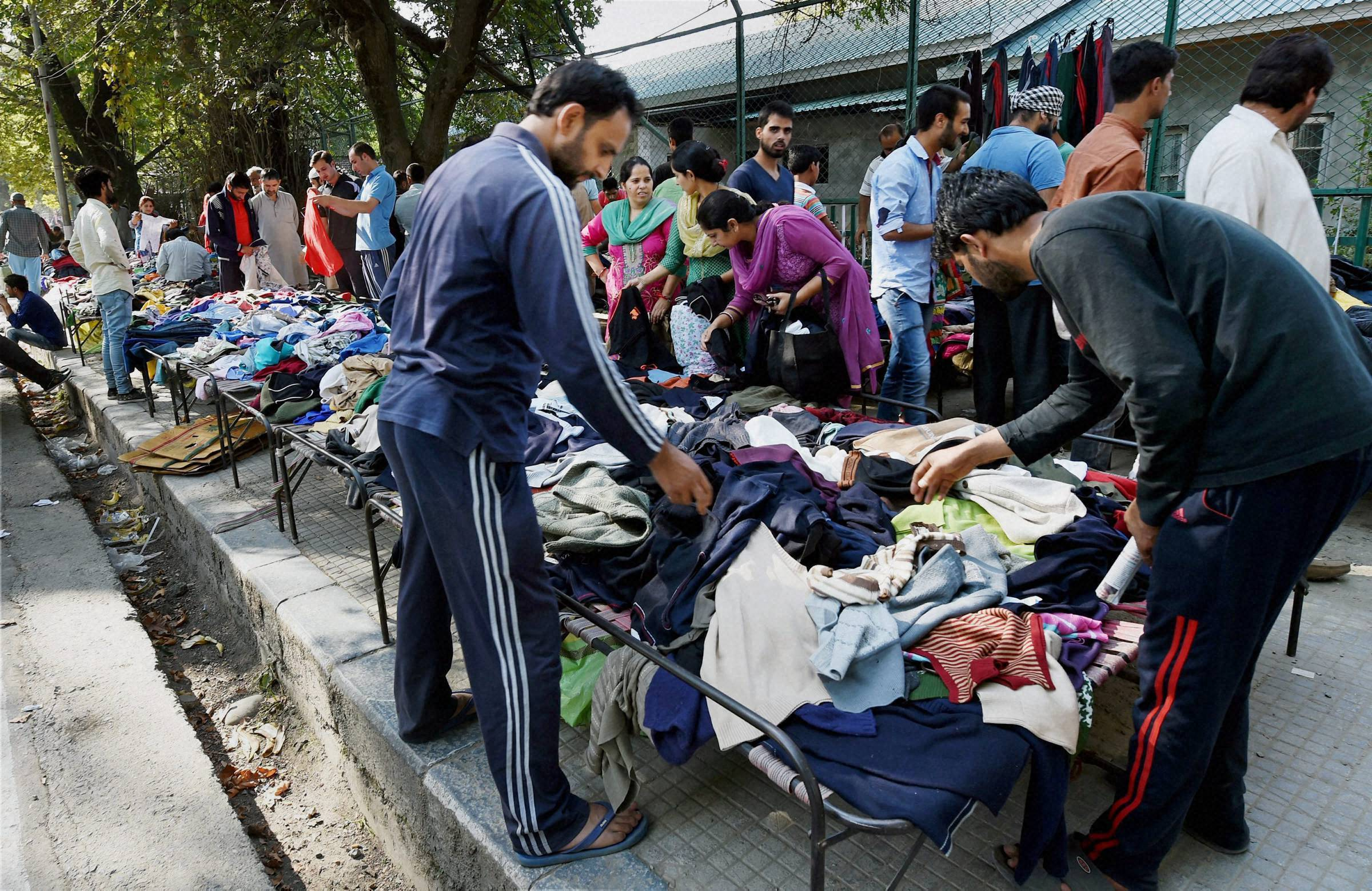 Situation peaceful in Kashmir Valley, people throng markets