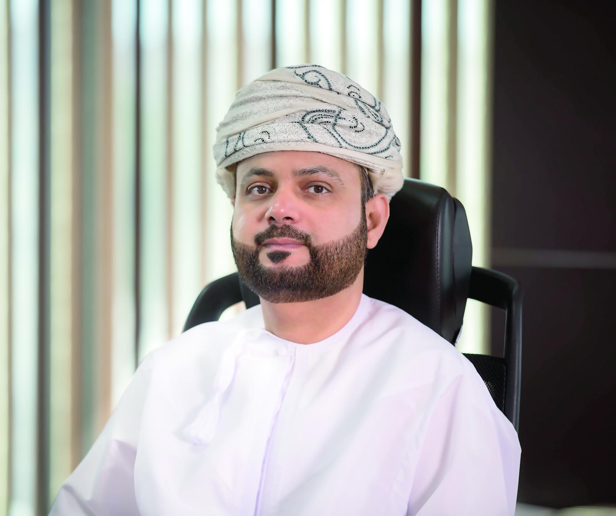عمانتل تكشف النقاب عن برنامج التعليم الإلكتروني للمدارس