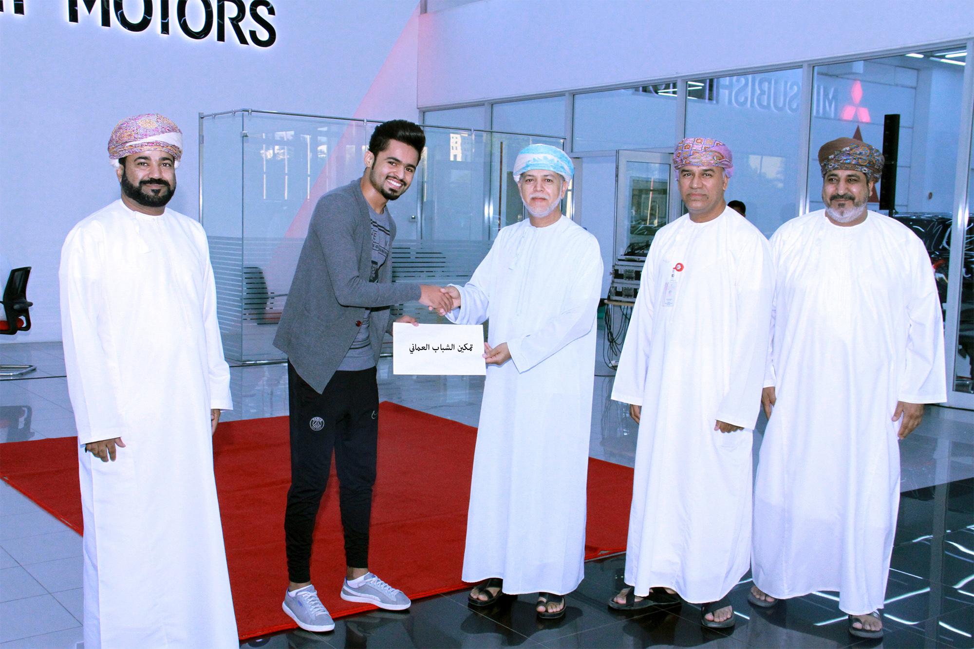 Oman football: Zubair Corporation fetes freestyle footballer Mohammed Al Nofli