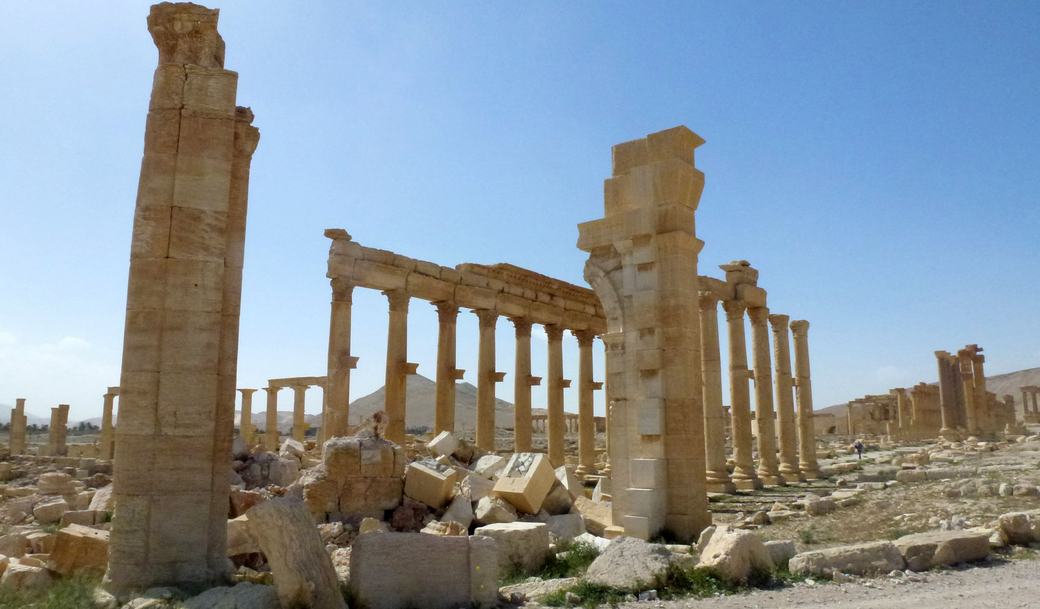 IS extremists enter liberated Palmyra after heavy fighting