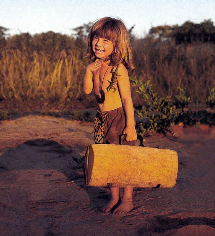 شاهد بالصور..  فتاة الادغال تيبي صديقة الحيوانات