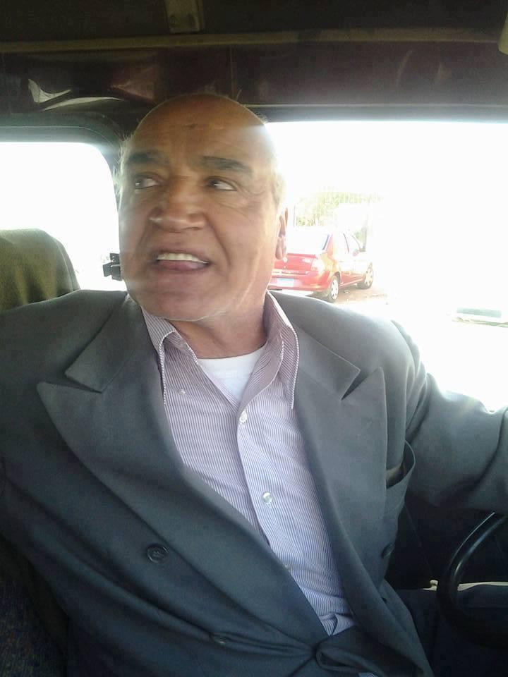 يحدث في مصر .. عالم ذرة يعمل سائق ميكروباص ... تعرف على قصته