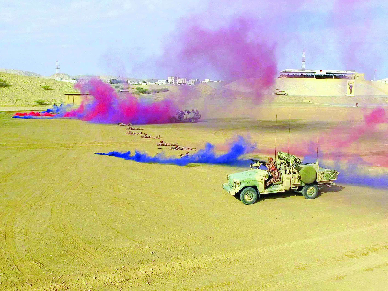 الجيش السلطاني يحتفل بذكرى يوم القوات المسلحة