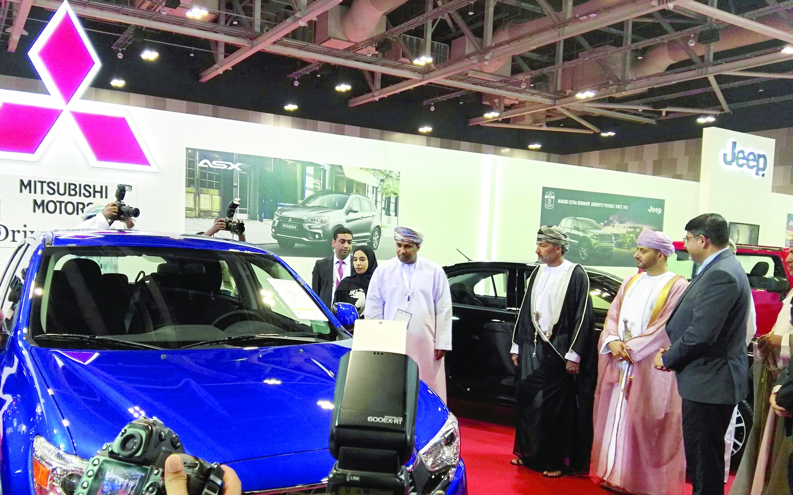 الشركة العامة للسيارات تستعرض طرازات ميتسوبيشي في معرض عمان للسيارات