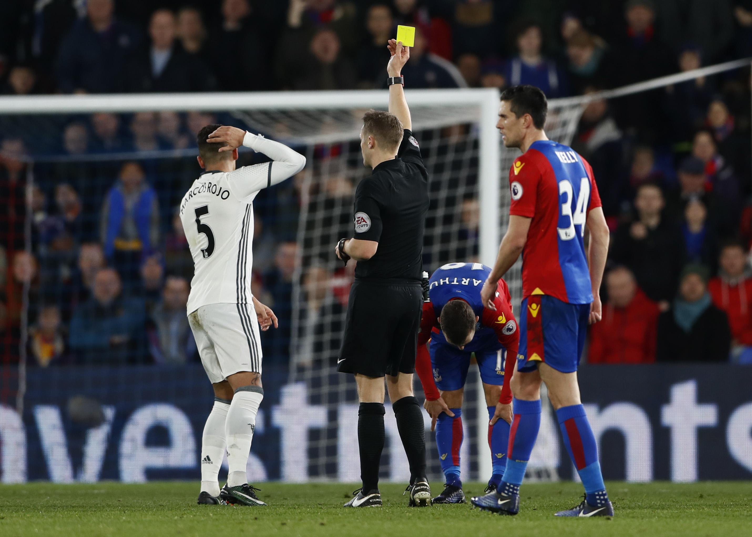 Mourinho defends 'clean' Rojo after Pardew criticism
