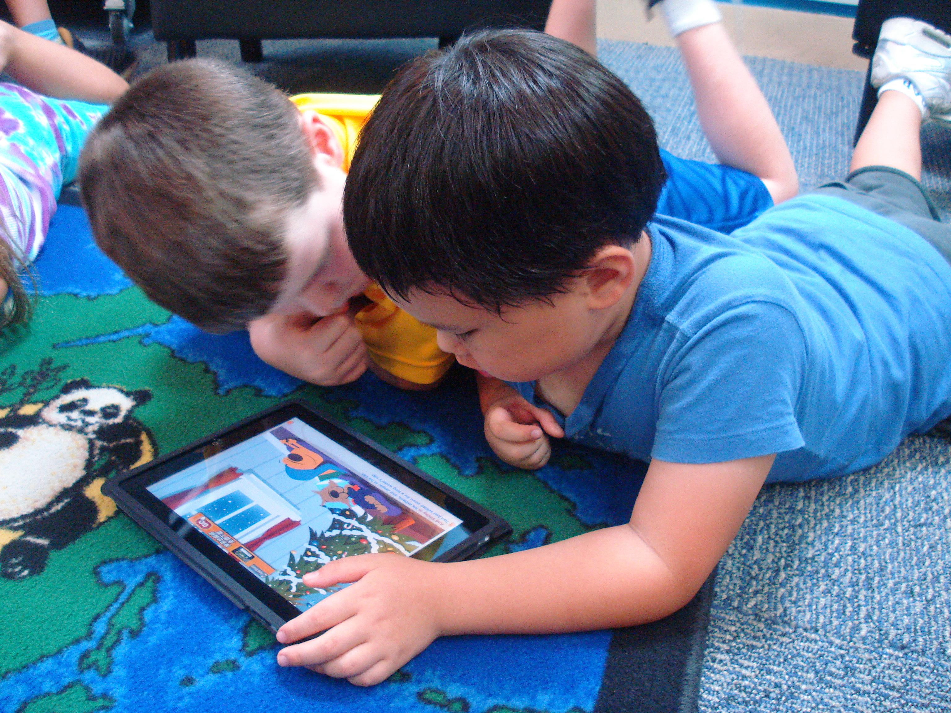 كيف ومتى تعزل ابنك عن التكنولوجيا؟