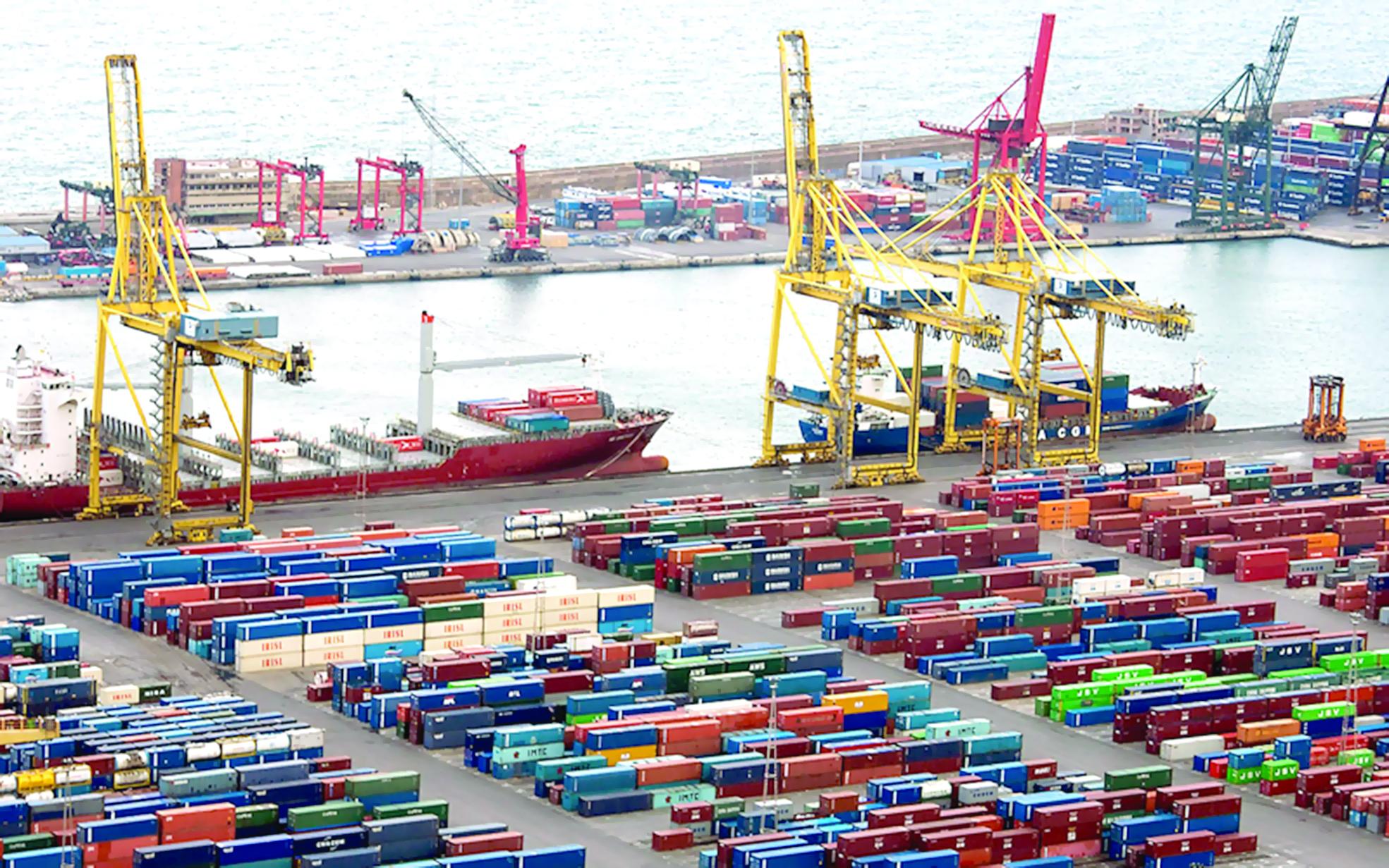 842.2 مليون ريال عماني فائض الميزان التجاري للسلطنة بنهاية يوليو الفائت