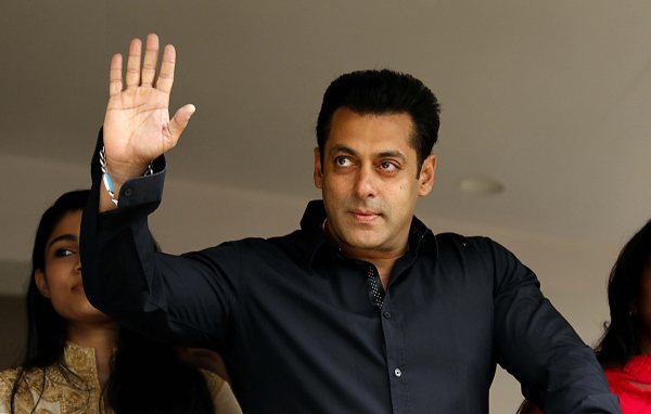 Salman Khan topples Shah Rukh Khan to lead Forbes' 100 celeb rich list