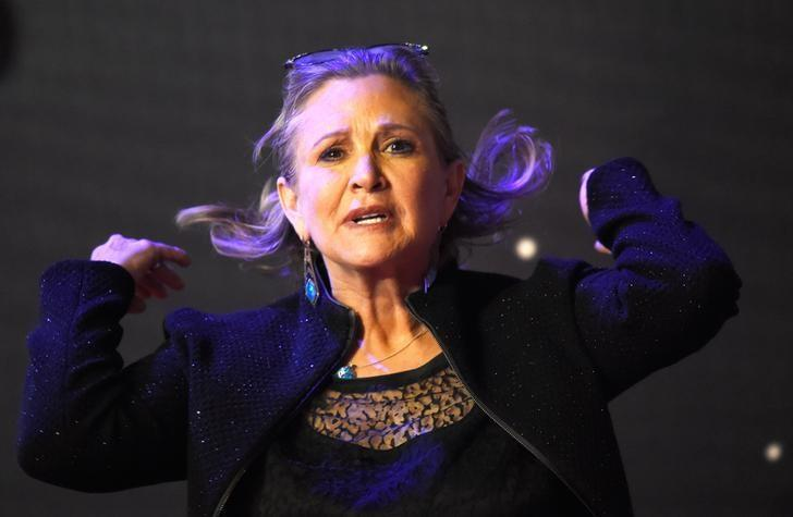 Actress Carrie Fisher suffers medical emergency on London-to-L.A. flight