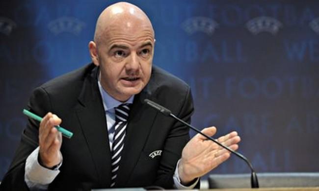 """انفانتينو لن يكون """"ديكتاتورا"""" بشأن رفع عدد منتخبات كأس العالم"""