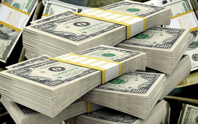 رويترز: السلطنة تبحث مع دول خليجية الحصول على وديعة بمليارات الدولارات