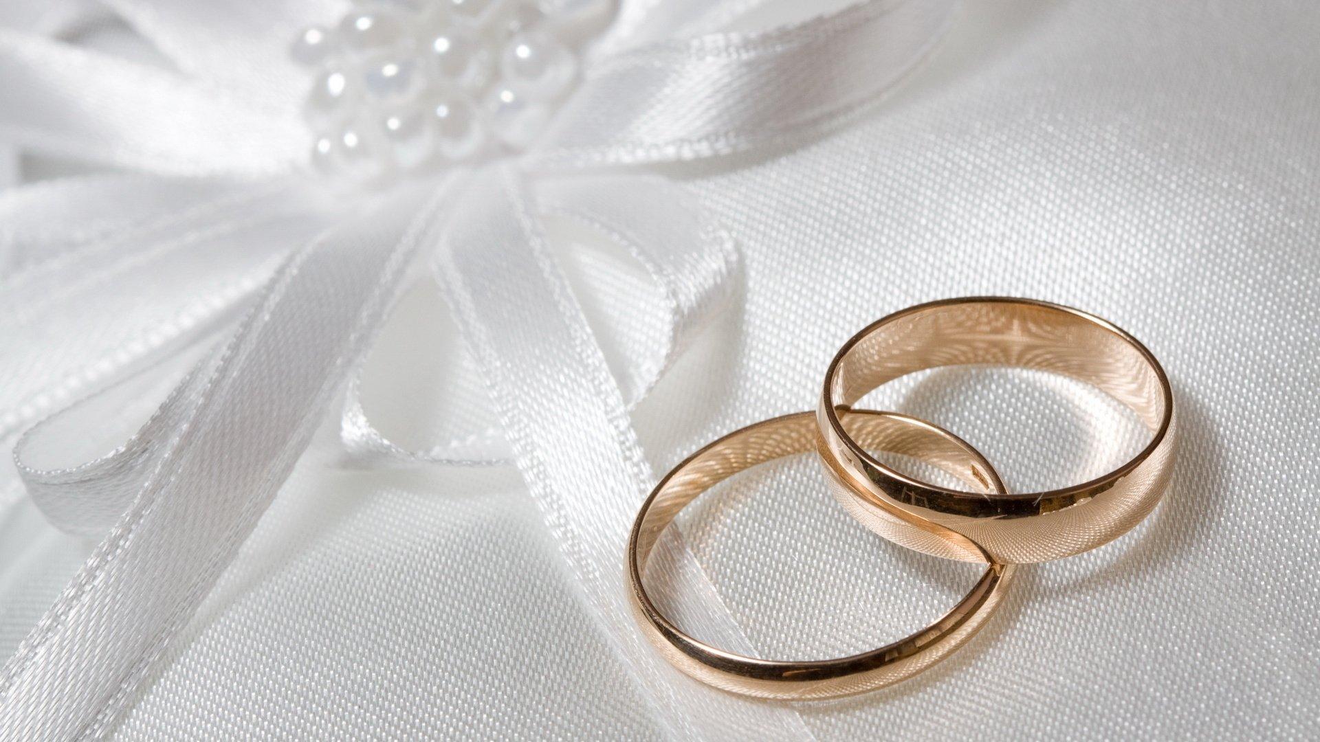 إذا كنت تفكر بالزواج.. احسبها بهذا الشكل قبل أن تندم؟