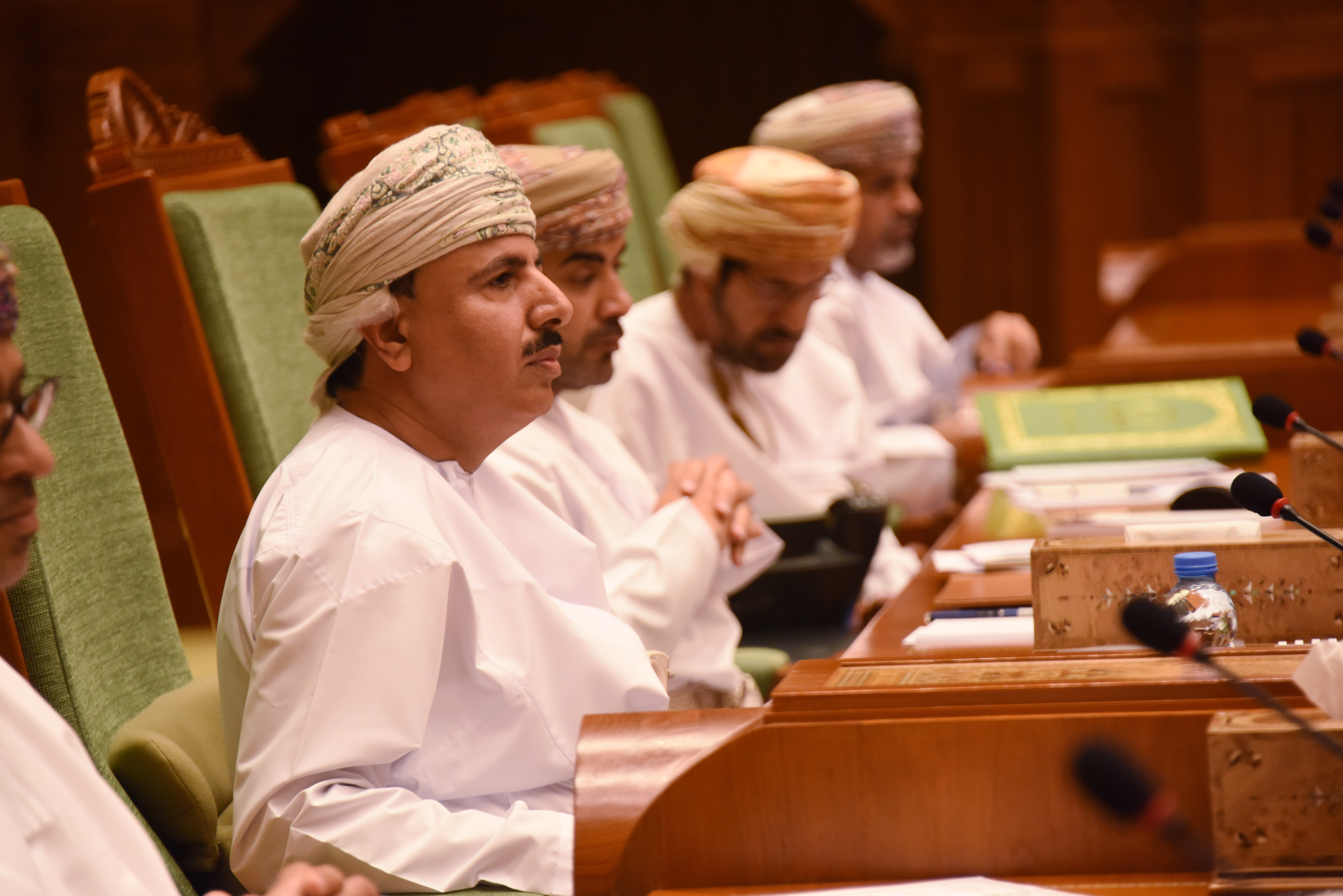 Minister of Manpower backs 2-year visa ban in Oman