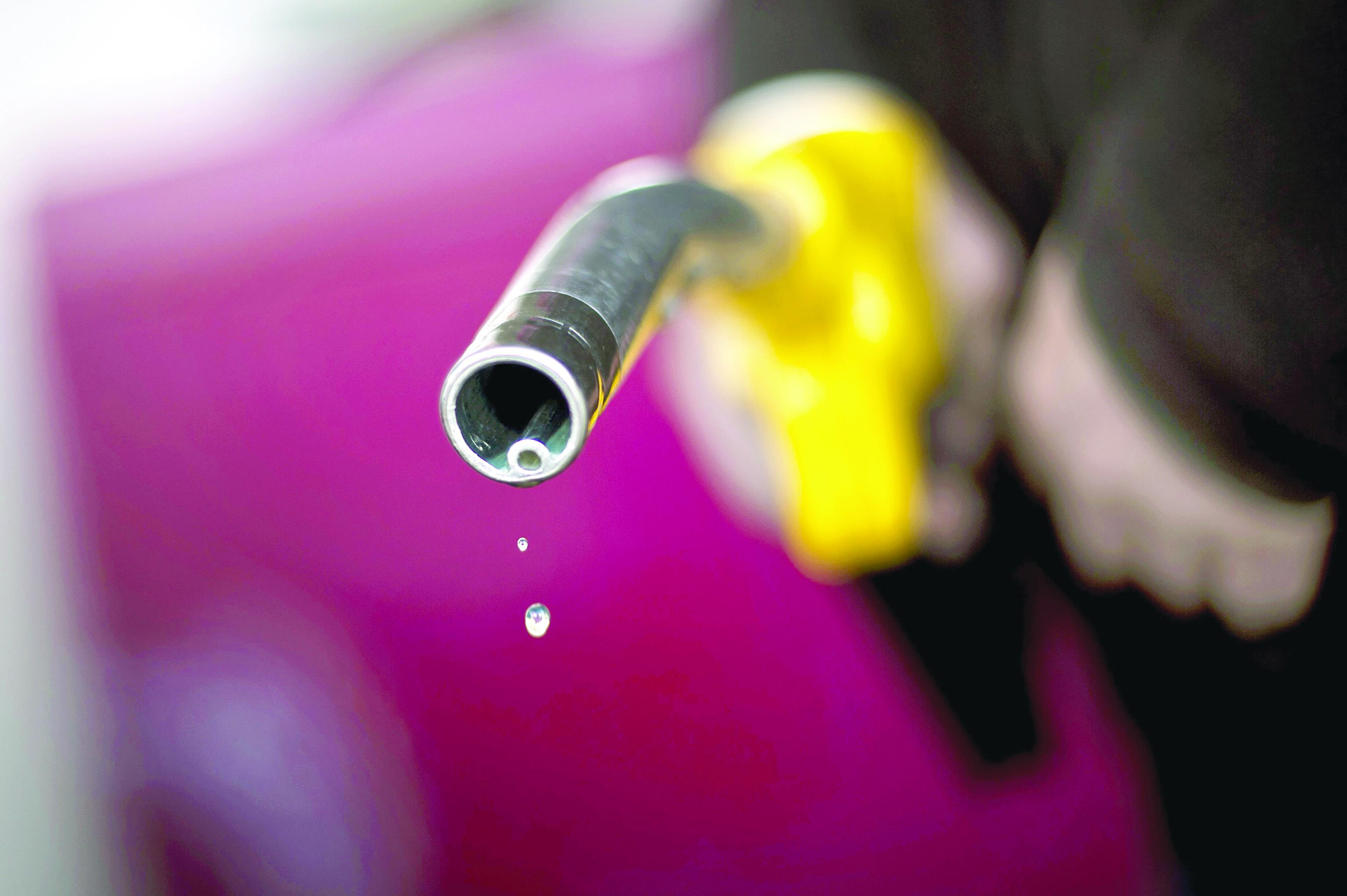 كم تبلغ نسبة ارتفاع أسعار الوقود منذ رفع الدعم