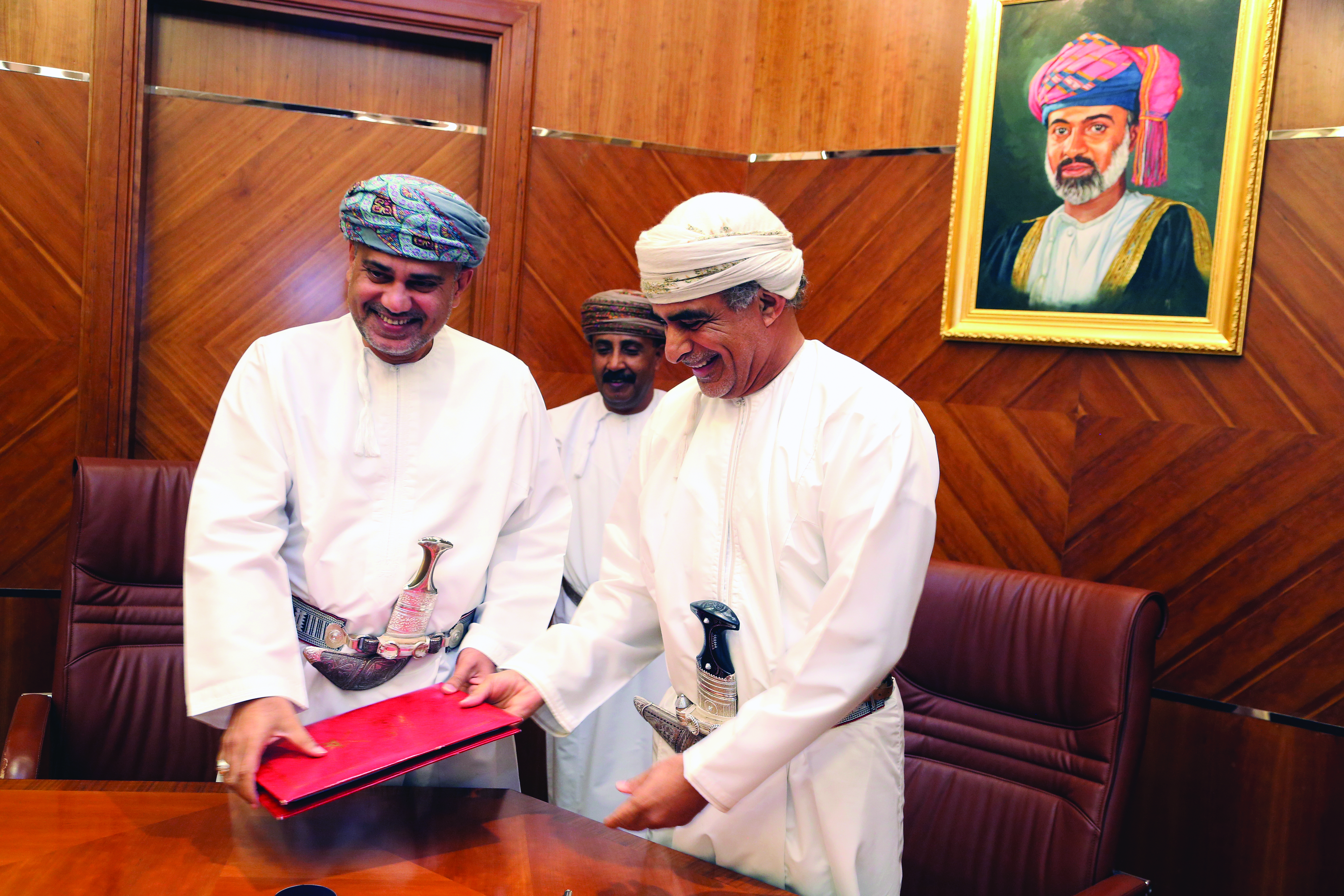 Ministry signs oil concession agreement to develop Block 48 in Oman