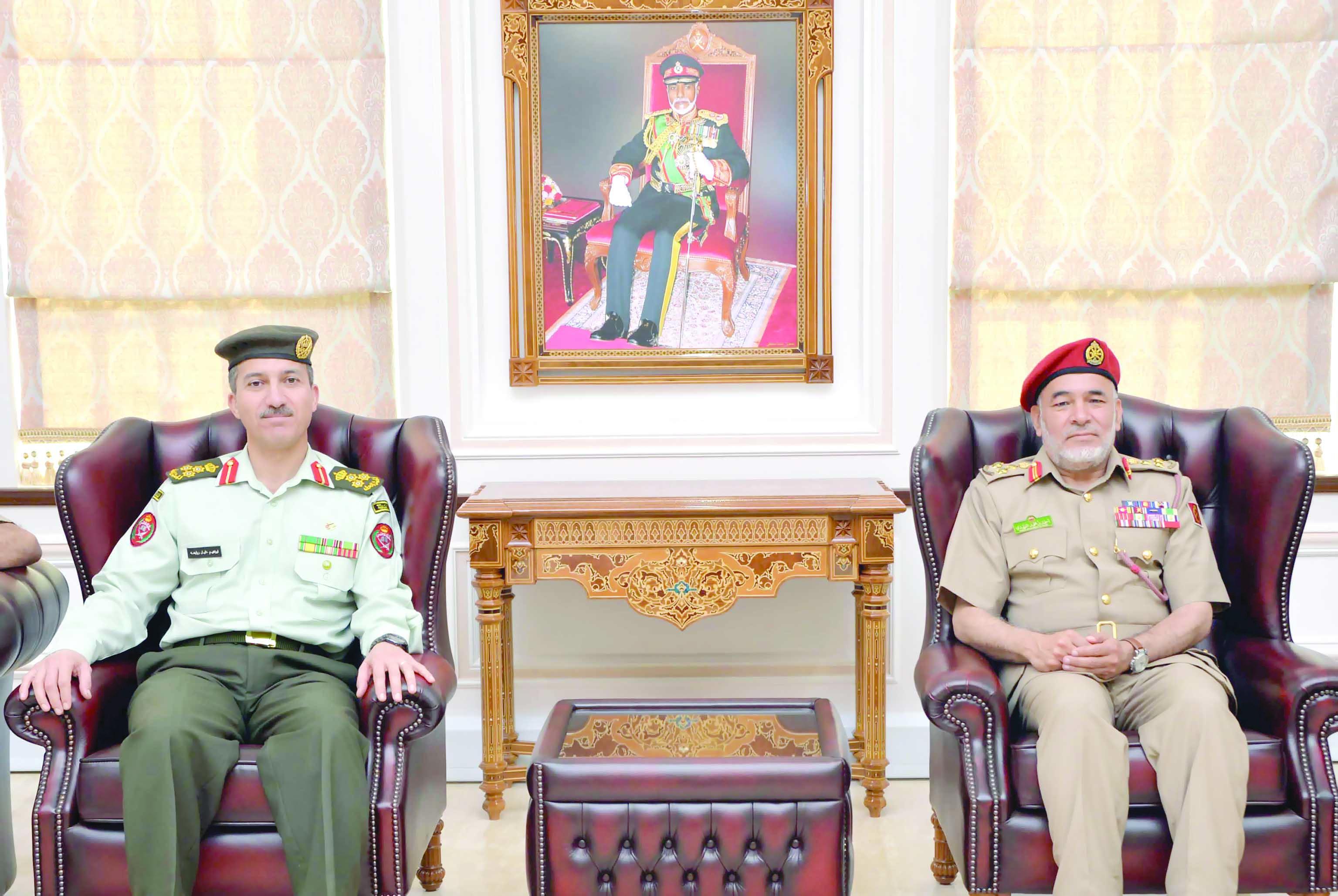 قام بزيارة كلية القيادة والأركان..وفد هيئة التوجيه والأركان الملكيةالأردنية يزور كلية الدفاع الوطني