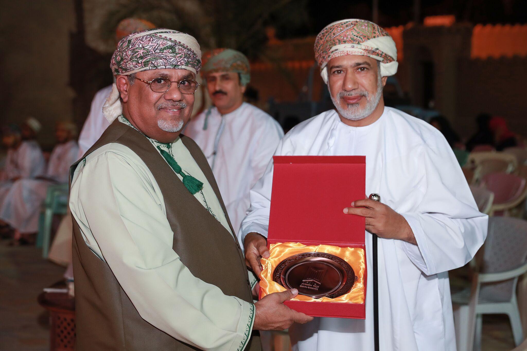 مؤسسة بيت الغشام تكرم الشعراء الفائزين في المسابقة الأدبية