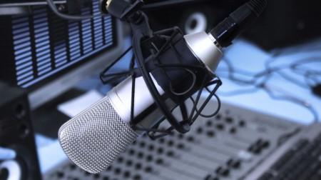 السلطنة تشارك دول العالم الاحتفال باليوم العالمي للإذاعة