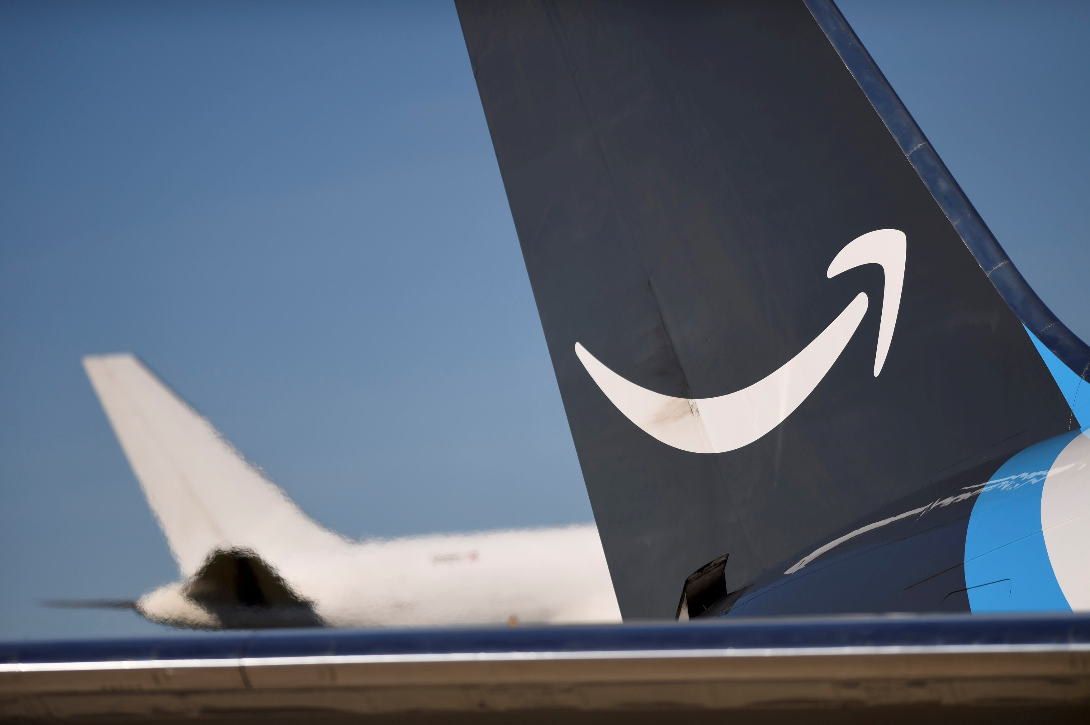 Amazon plans more than 200 daily flights from new cargo hub