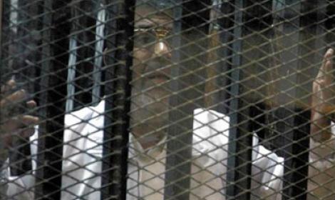 """بعد سنوات من سجنه... """"مرسي"""" ما زال يقول: """"أنا رئيس الجمهورية"""""""