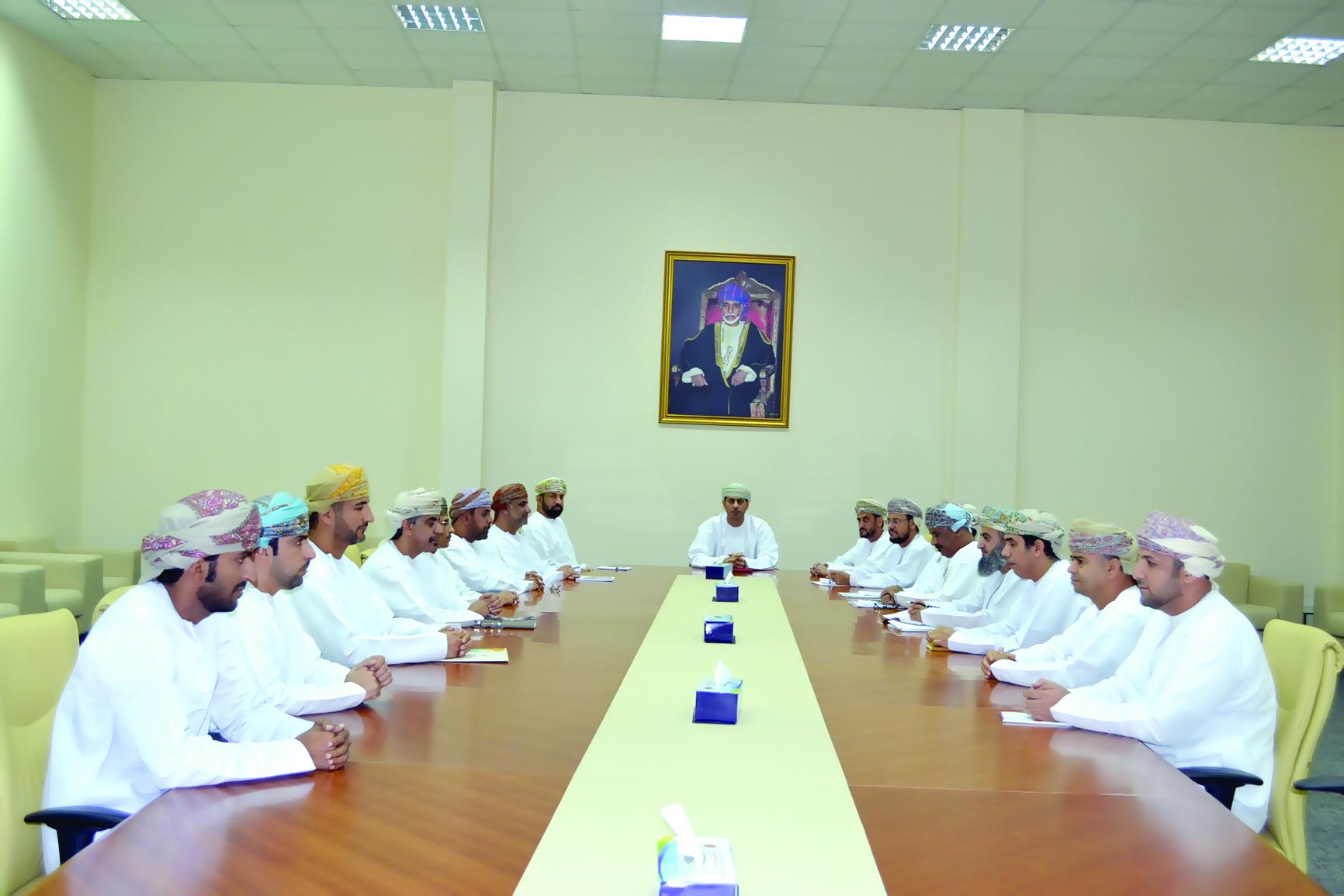 المرضوف يلتقي بمديري عموم ومديري الوزارة بالمحافظات