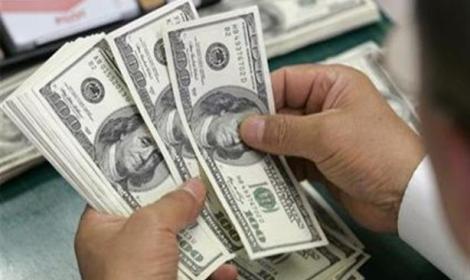 إلى أين يتجه الدولار في مصر؟