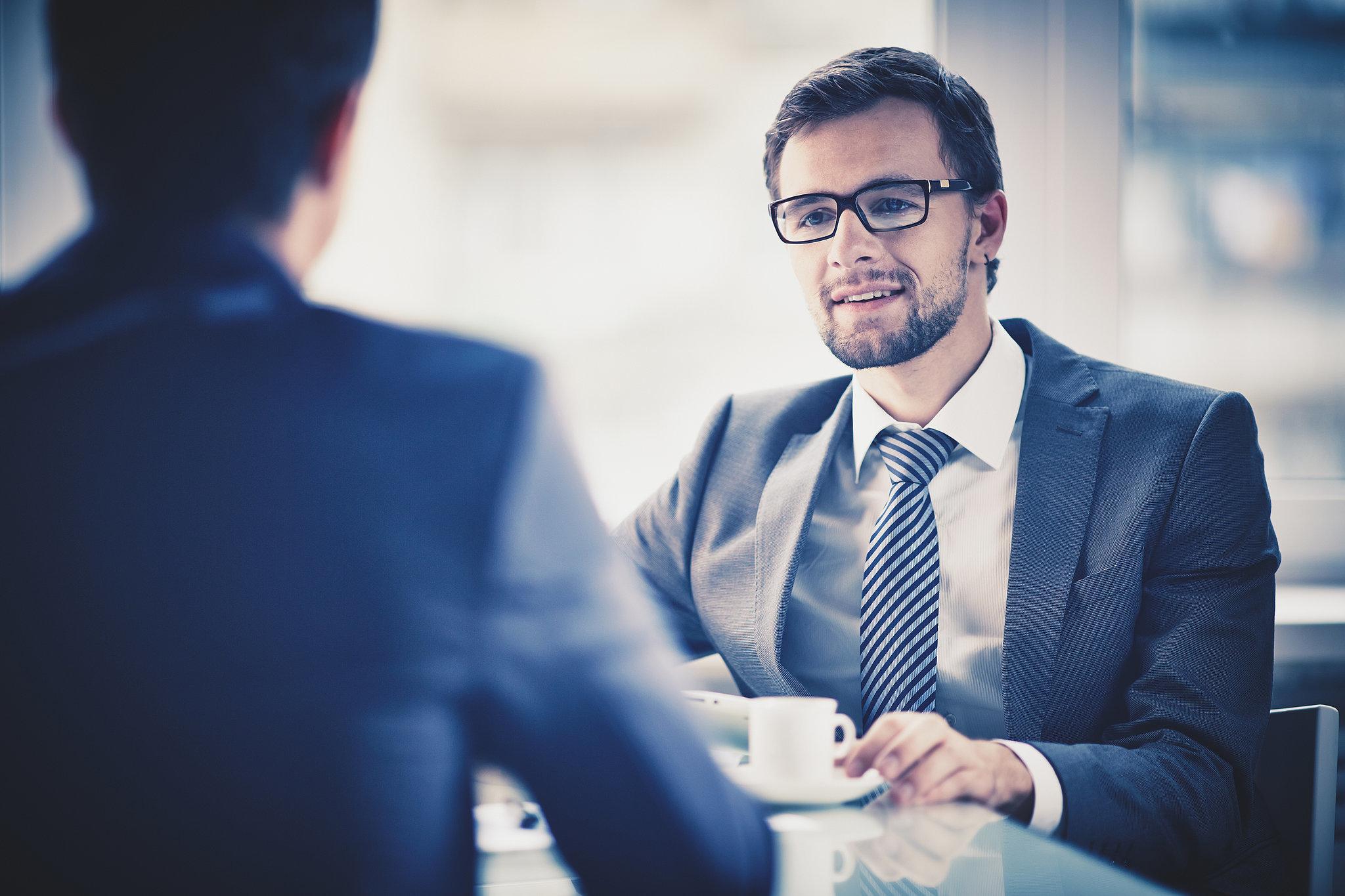 3 حيل بسيطة للتحكم في أعصابك خلال مقابلة العمل
