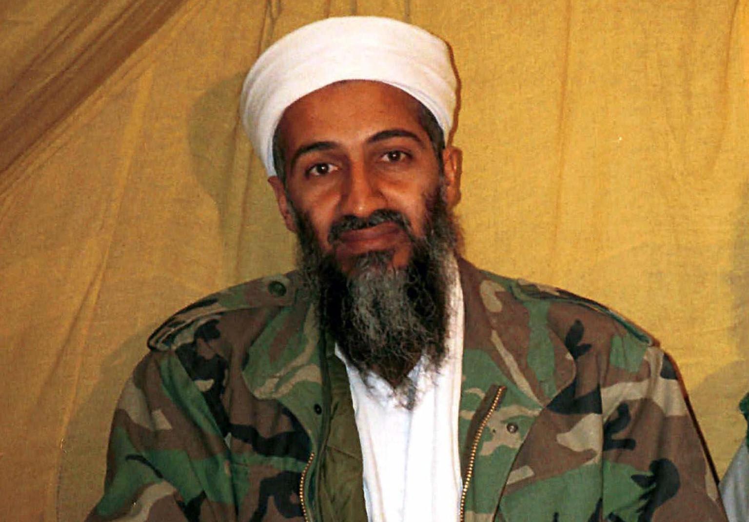 """10 معلومات ترصد مسيرة ابن لادن """"من الخيل والسيارات إلى المفخخات"""""""