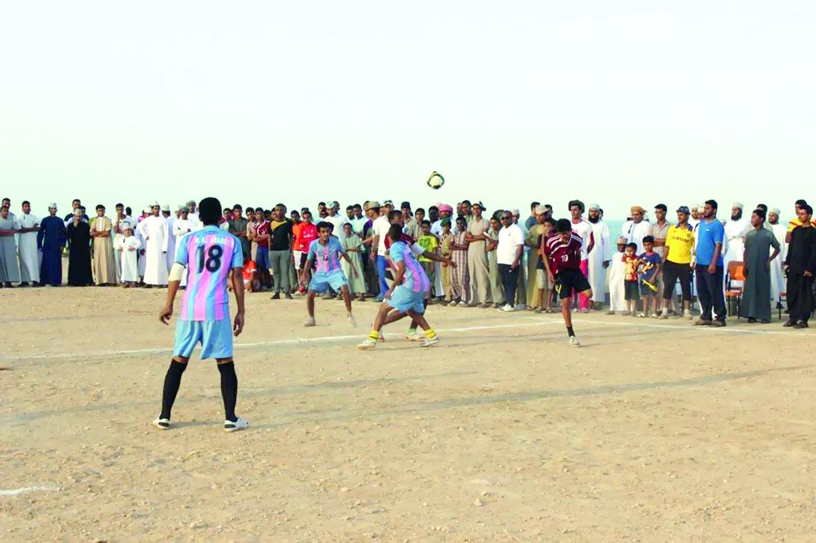 «الشؤون الرياضية» تبدأ رحلة القافلة الرياضية بقرية المسفاة في بوشر