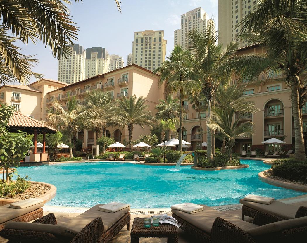 Weekend Escape: Stay at Ritz-Carlton Dubai