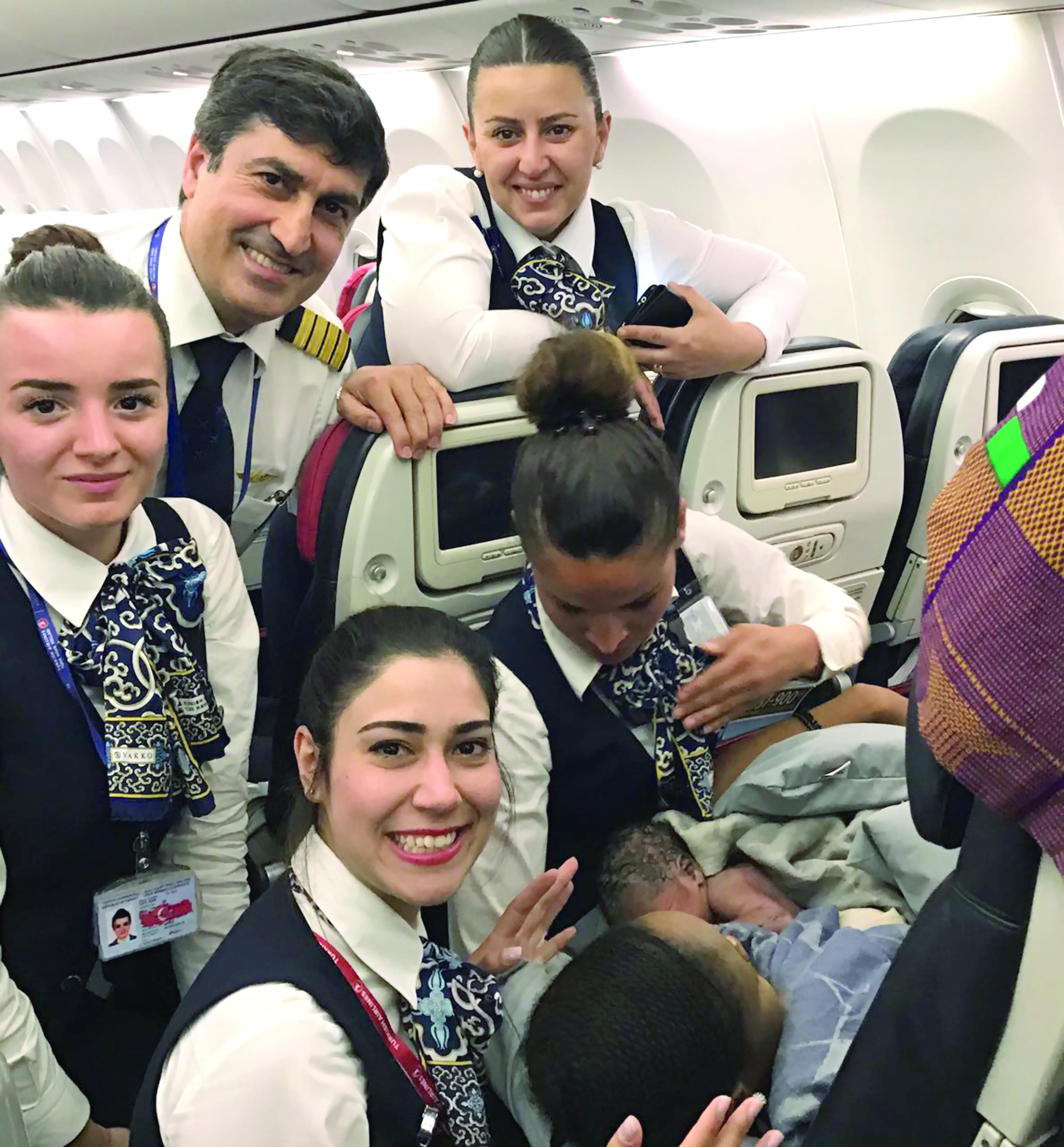 امرأة تلد على متن رحلة للخطوط الجوية التركية