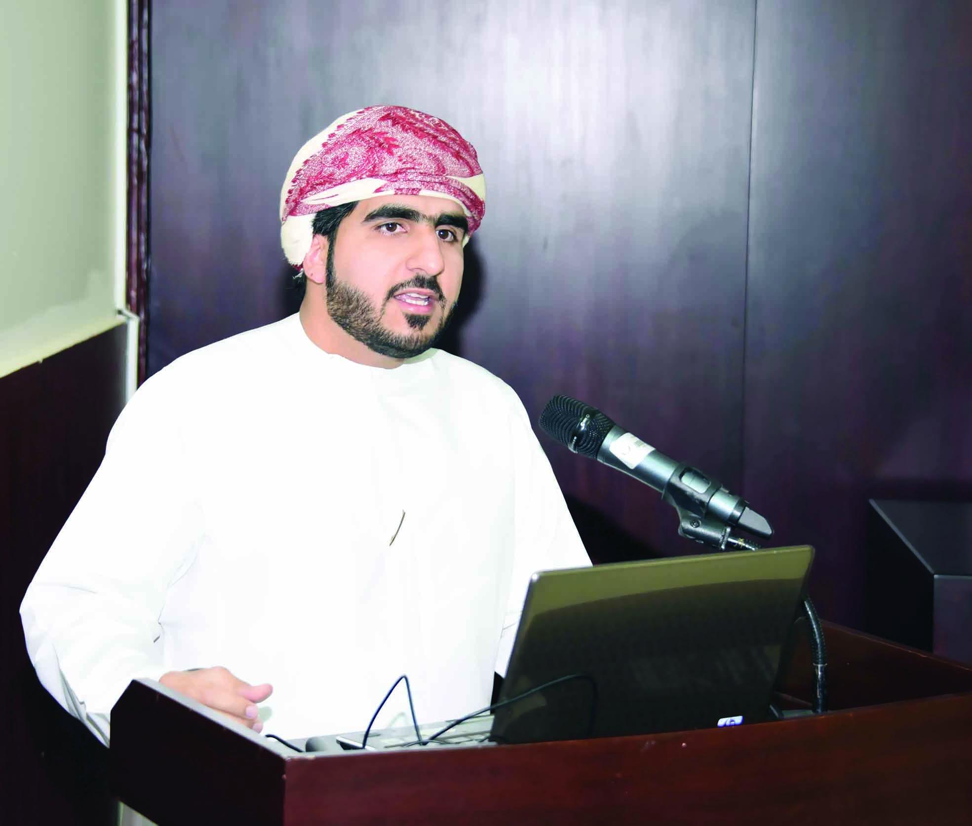 10 بلايين ريال عماني الاستثمارات الحالية في ميناء صحار