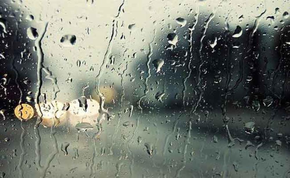 هطول أمطار خفيفة ومتوسطة على عدد من ولايات السلطنة