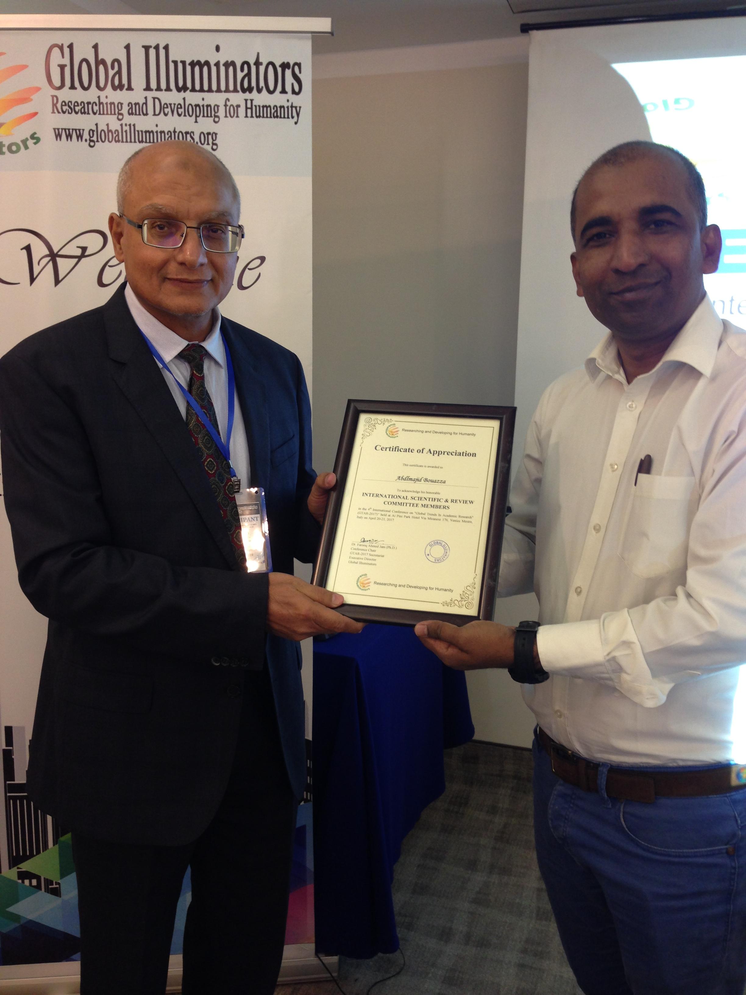 فريق بحثي من جامعة السلطان قابوس يفوز بجائزة أفضل ورقة علمية بإيطاليا
