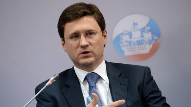 توقعات روسية بتمديد اتفاقية خفض إنتاج النفط