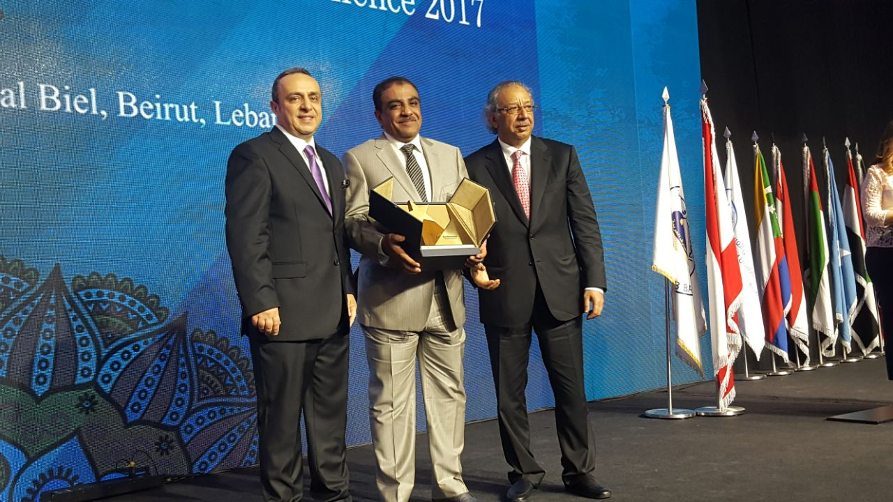 الإسكان العماني يحصد جائزة أفضل مصرف عقاري عربي