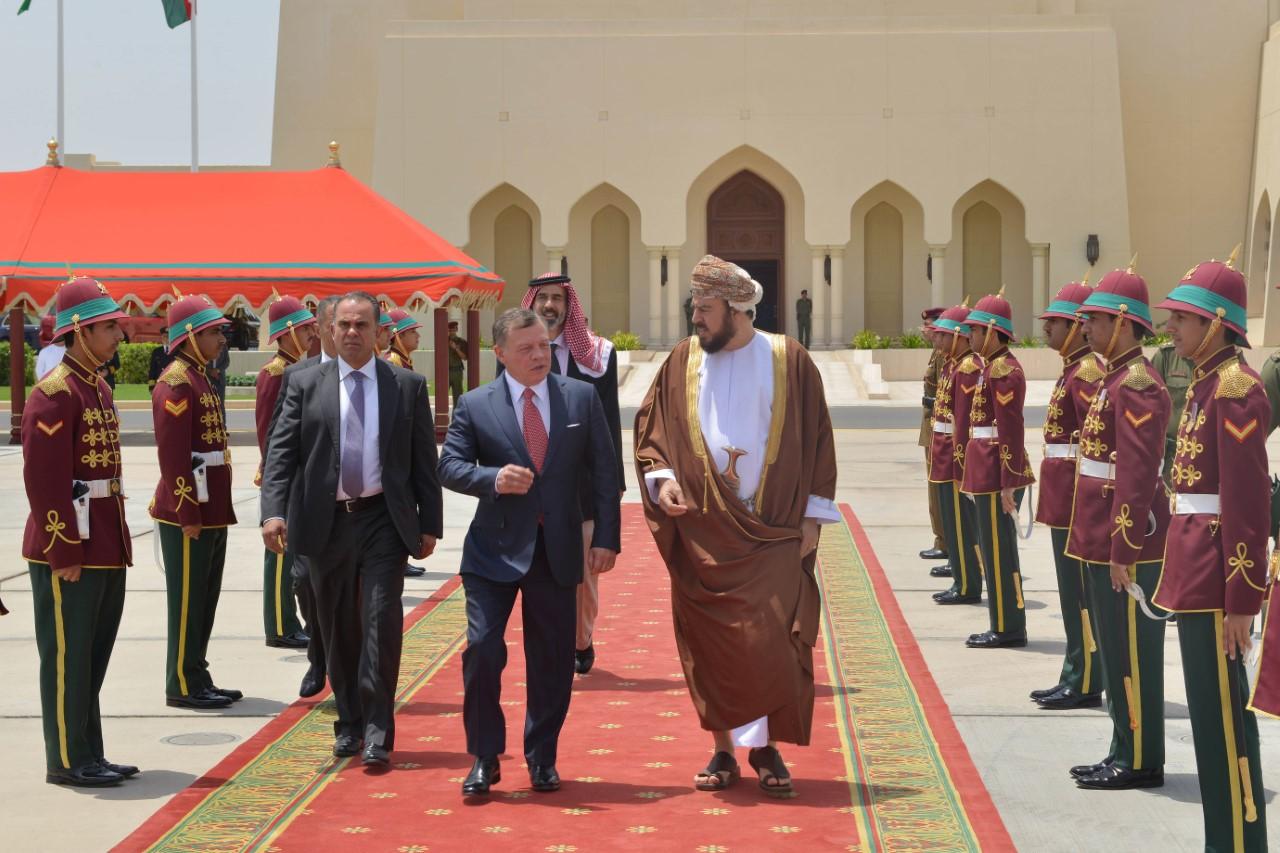 ملك الأردن يغادر السلطنة