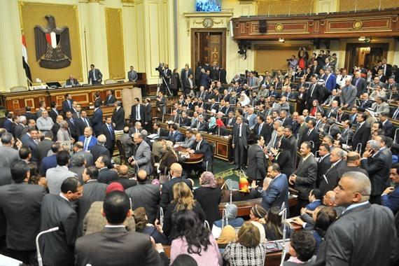 قانون جديد لمعاقبة مَن ينجب أكثر من 3 أطفال... يحدث في مصر