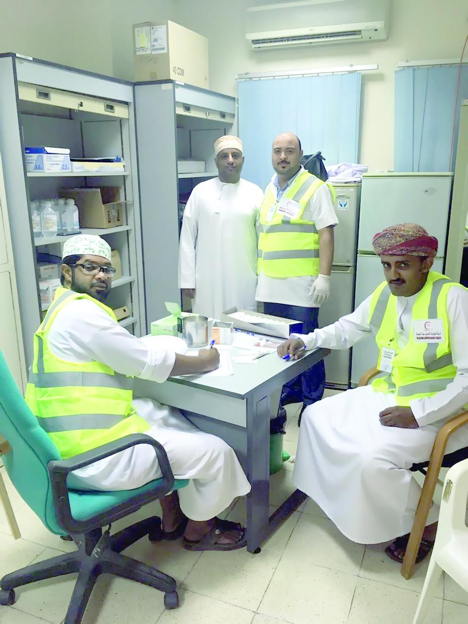 الحملة الوطنية للتطعيم ضد الحصبة تتواصل في صلالة