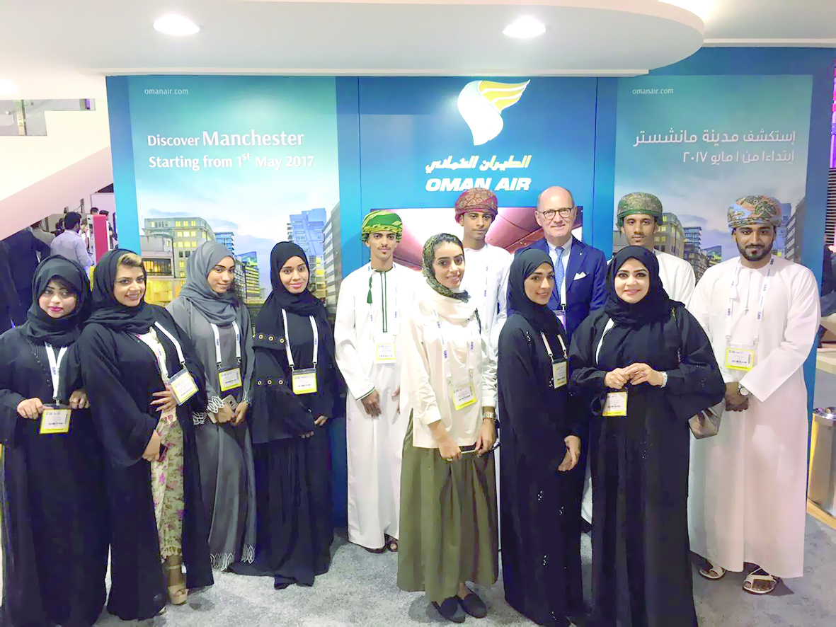 الطيران العُماني يقدّم للطلاب فرصة لحضور سوق السفر العربي